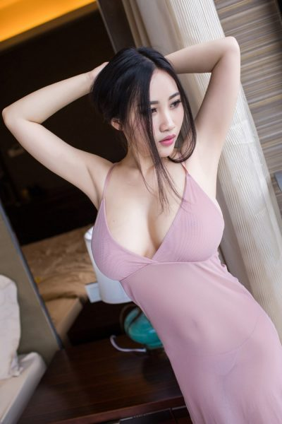 Summer - A chinese erotic massage therapist based in heathrow